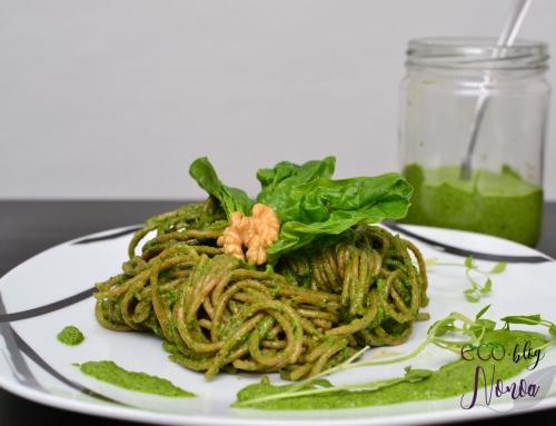 Salsa pesto vegana de espinacas